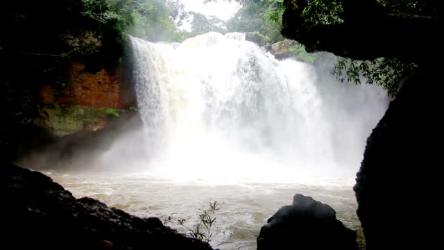 Haew Suwat Waterfall in Khao Yai