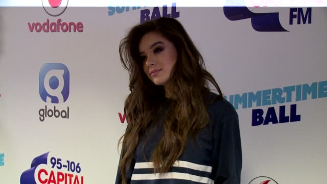 hailee steinfeld at wembley arena on june 10 2017 in london england - wembley arena stock videos & royalty-free footage