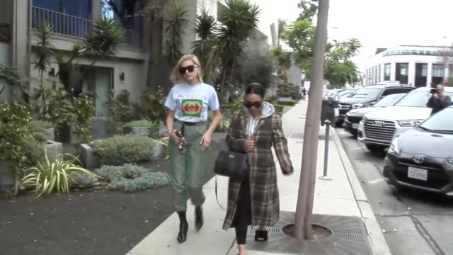 hailey baldwin leaves lunch in beverly hills in celebrity sightings in los angeles - hailey rhode bieber stock videos & royalty-free footage