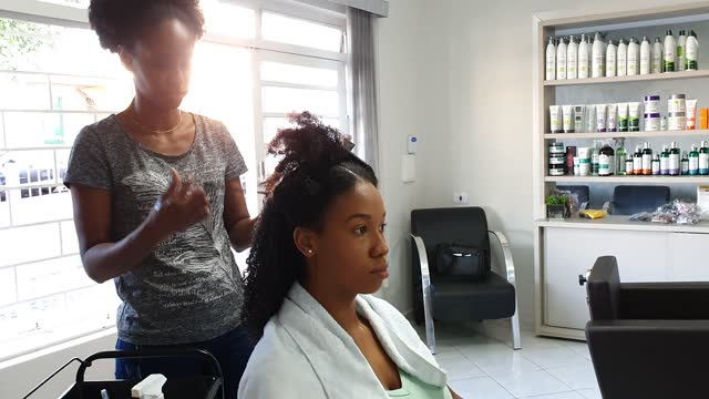 hair stylist - afro hairstyle stock videos & royalty-free footage