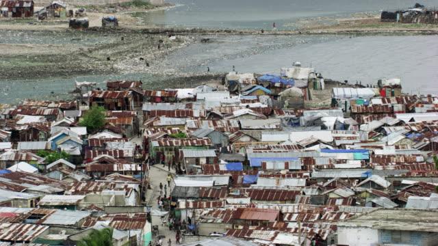 stockvideo's en b-roll-footage met haiti: cityscape of port-au-prince - haïti