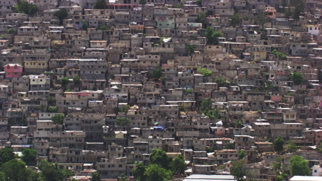 haiti: shanty town jalousie - haiti stock videos & royalty-free footage