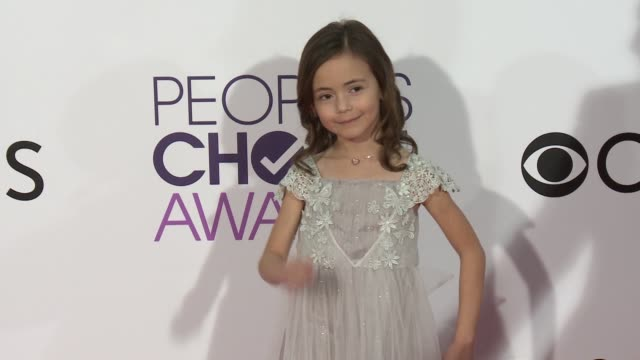 hala finley at the people's choice awards 2017 at microsoft theater on january 18, 2017 in los angeles, california. - people's choice awards stock videos & royalty-free footage