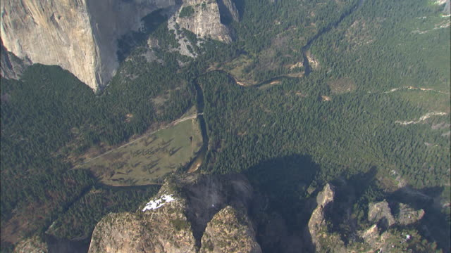 half dome and surrounding mesas tower over yosemite valley in yosemite national park, california. - mariposa county stock videos and b-roll footage