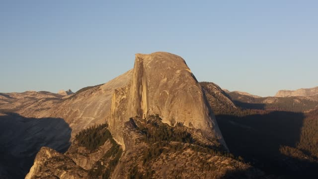 half dome at dusk from glacier point above yosemite valley, california, usa. - half dome stock videos & royalty-free footage