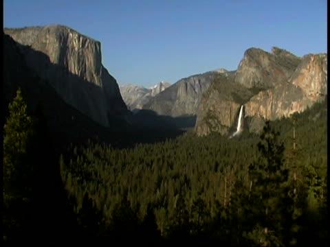 half dome, yosemite, ca - durability stock videos & royalty-free footage