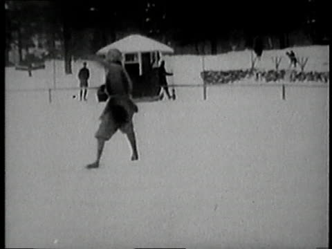 vídeos y material grabado en eventos de stock de halla kasla figure skating on frozen pond - patinaje sobre hielo