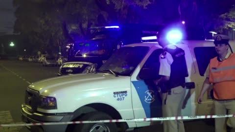 stockvideo's en b-roll-footage met hallan adn de otra persona en el apartamento donde fue encontrado muerto el fiscal alberto nisman - adn