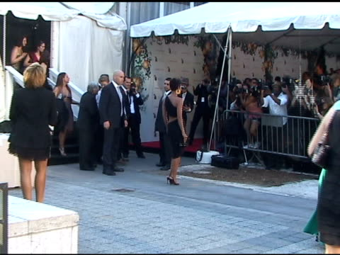 Halle Berry arrives at the FIFI Awards 01/25/11