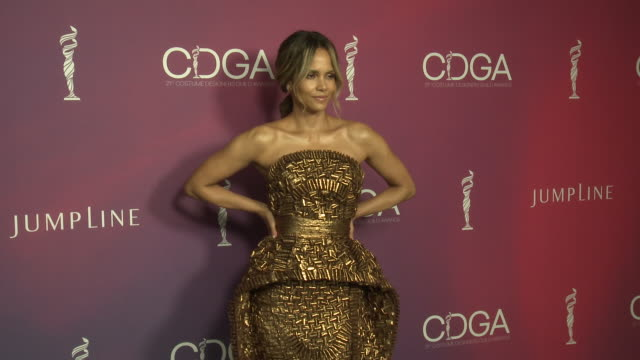 halle berry at 21st cdga in los angeles ca - halle berry stock videos and b-roll footage