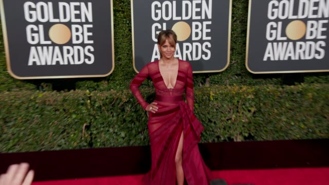 halle berry at 76th annual golden globe awards arrivals in los angeles ca 1/6/19 4k footage - halle berry stock videos and b-roll footage