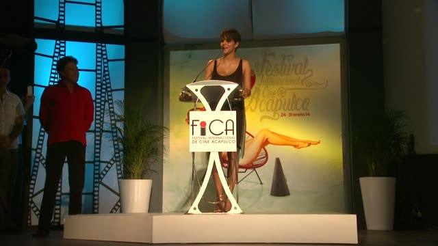 SPEECH Halle Berry at Halle Berry Honored At Closing Night Of The 9th Annual Acapulco Film Festival in Mexico 1/30/14