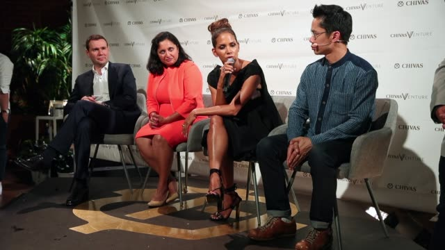 vídeos de stock, filmes e b-roll de halle berry at halle berry josh gad announce winners of the chivas venture $1m global startup competition on july 13 2017 in los angeles california - halle berry