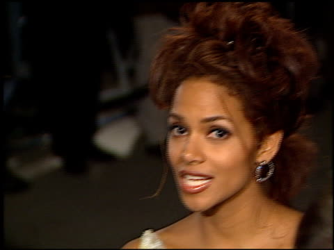 halle berry at the 1998 academy awards vanity fair party at morton's in west hollywood california on march 23 1998 - halle berry stock videos and b-roll footage