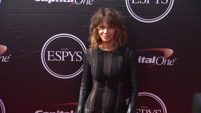 halle berry at the 2015 espys at microsoft theater on july 15 2015 in los angeles california - microsoft theater los angeles stock videos and b-roll footage