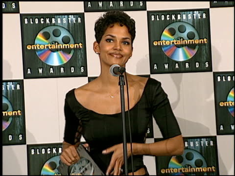Halle Berry at the Blockbuster Awards at Hollywood Pantages Theater in Hollywood California on March 11 1997