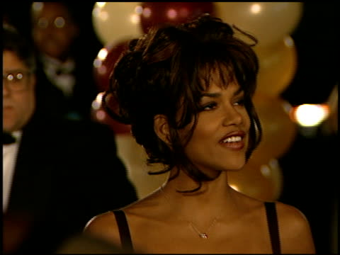 halle berry at the naacp 28th annual image awards on february 8 1997 - 1997 stock-videos und b-roll-filmmaterial