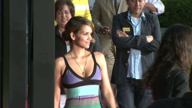 halle berry at the 'the soloist' premiere at los angeles ca. - soloist stock videos & royalty-free footage