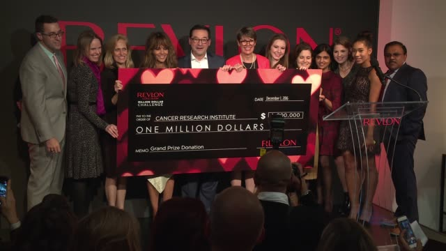 Halle Berry Fabian Garcia Dr Jill O'DonnellTormey at Revlon's 2nd Annual Love Is On Million Dollar Challenge Finale Party at the Glass Houses on...