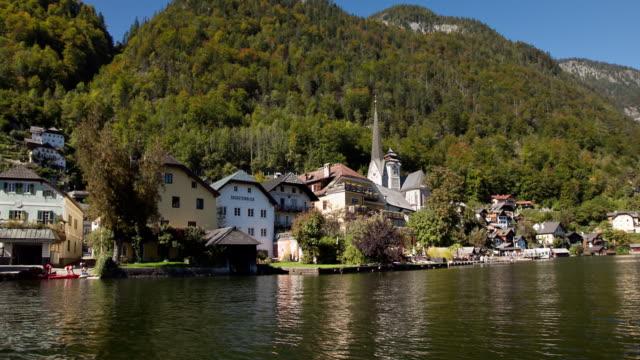 HYPERLAPSE Hallstatt across lake 1