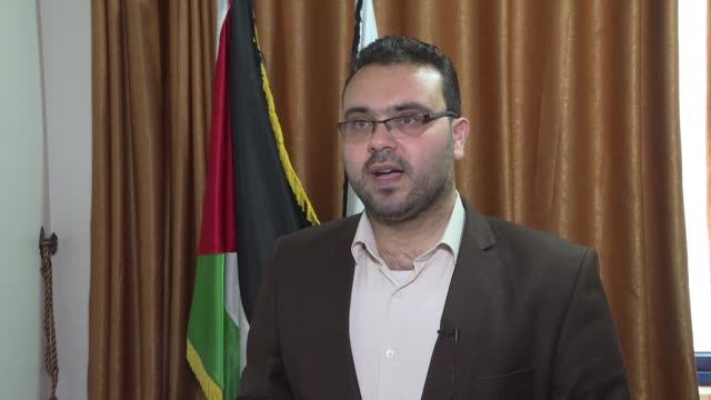 hamas spokesman reacts to the ceasefire agreement between israel and palestinian militants in the gaza strip after a two day flareup that brought... - hamas stock videos & royalty-free footage