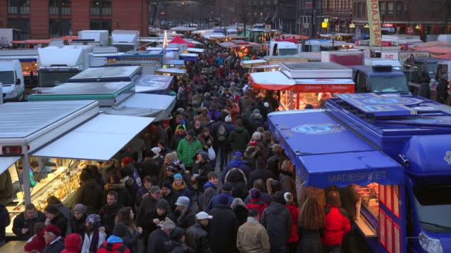 hamburg fish market, altona, hamburg, germany - hamburg germany stock videos & royalty-free footage