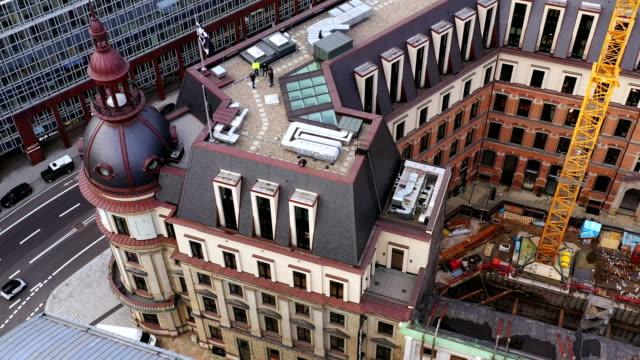 hamburg rooftop aerial view - ハンブルク点の映像素材/bロール
