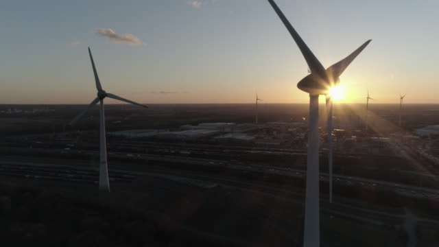 hamburg wind generator aerial - energia rinnovabile video stock e b–roll