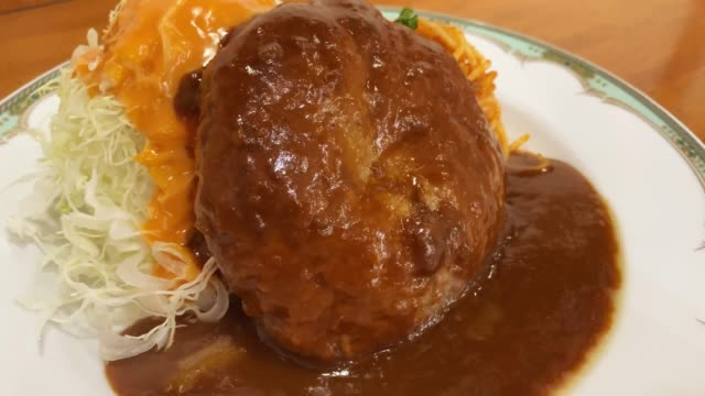 hamburger steak with japanese demi-glace sauce - metabolic syndrome stock videos & royalty-free footage