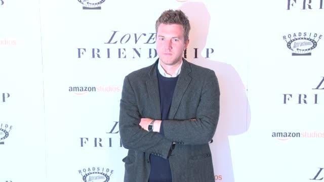 "hamilton leithauser at ""love & friendship"" new york screening at landmark sunshine cinema on may 10, 2016 in new york city. - ランドマークサンシャインシアター点の映像素材/bロール"