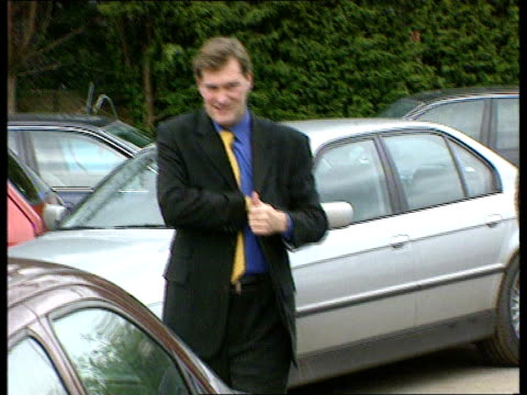 hampshire ext new southampton manager glenn hoddle along date 28 jan 2000 order ref t28010009 - glenn hoddle stock videos & royalty-free footage
