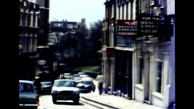 stockvideo's en b-roll-footage met hampstead, london 1977 - 1977