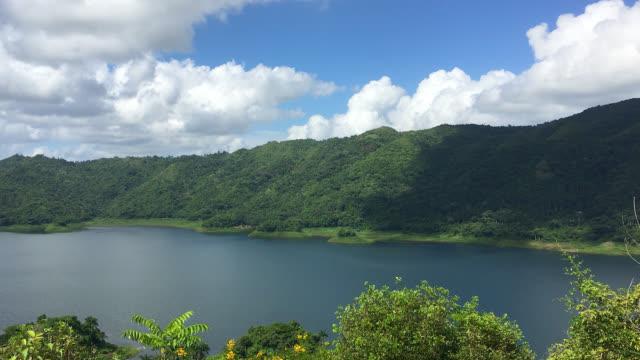 hanabanilla lake and mountains seen from the 'la loma de la atalaya', cuba - nature reserve stock videos & royalty-free footage