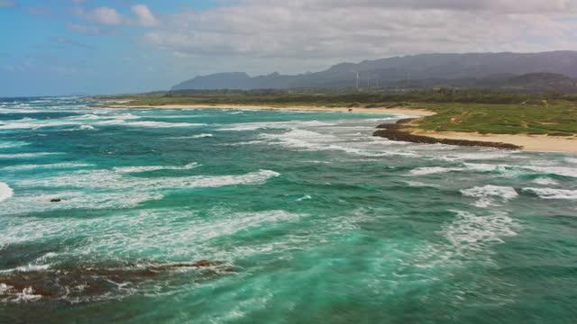 aerial hanalei bay, oahu, hawaii - hawaii islands stock videos & royalty-free footage