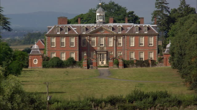 low aerial, zo, hanbury hall, worcestershire, england - stately home stock videos & royalty-free footage