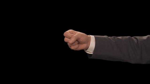 ms hand count to 2 - completo da uomo video stock e b–roll