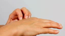 Hand Scratch