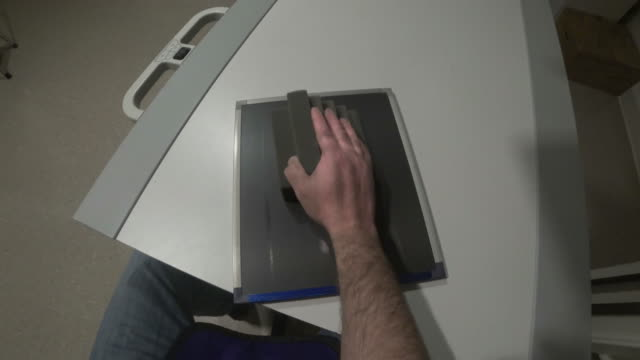 vidéos et rushes de main x-ray - boîte de film