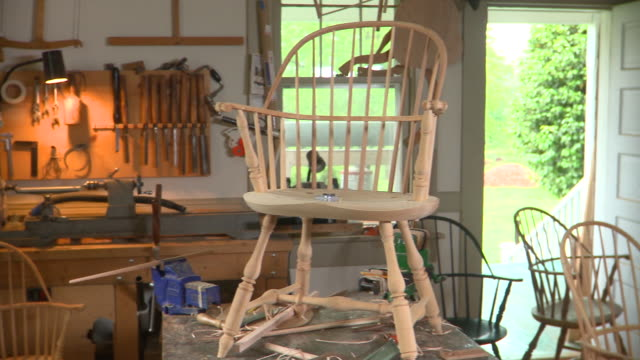 TU MS PAN Handmade wooden armchairs in workshop, Eastville, Virginia, USA