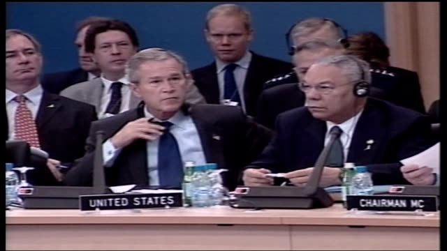 handover of power / turkey reaction pool istanbul topkapi palace performance of carl orff's 'carmina burana' side us president george wbush nodding... - tony blair stock-videos und b-roll-filmmaterial
