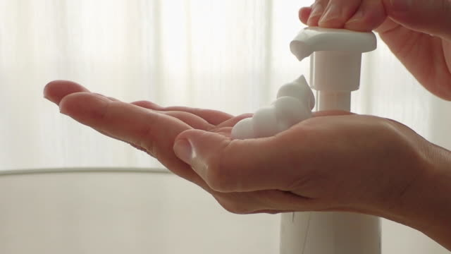 hands care by soap having excellent bubble - soap sud点の映像素材/bロール