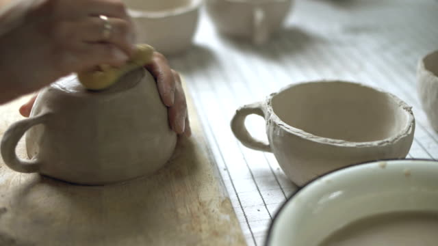 Hands washing ceramics