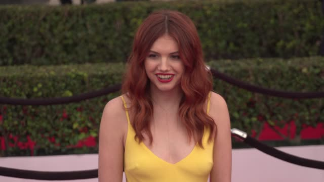 hannah murray at the 22nd annual screen actors guild awards - arrivals at the shrine auditorium on january 30, 2016 in los angeles, california. 4k... - shrine auditorium stock videos & royalty-free footage