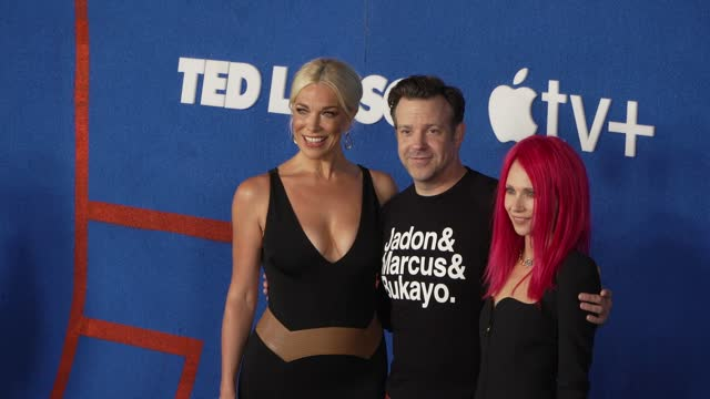 """hannah waddingham, jason sudeikis and juno temple at apple's """"ted lasso"""" season 2 premiere - arrivals at pacific design center on july 15, 2021 in... - west hollywood stock videos & royalty-free footage"""