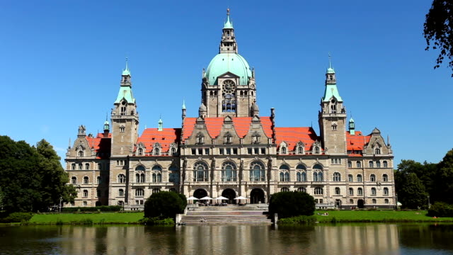 hannover town hall - rathaus stock videos & royalty-free footage