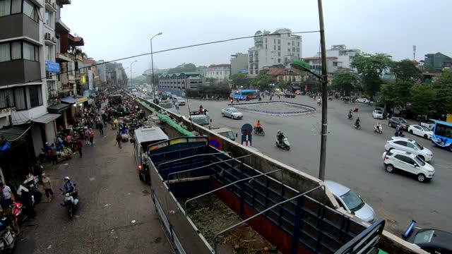 hanoi street traffic long bien road rail bridge - bridge built structure stock videos & royalty-free footage