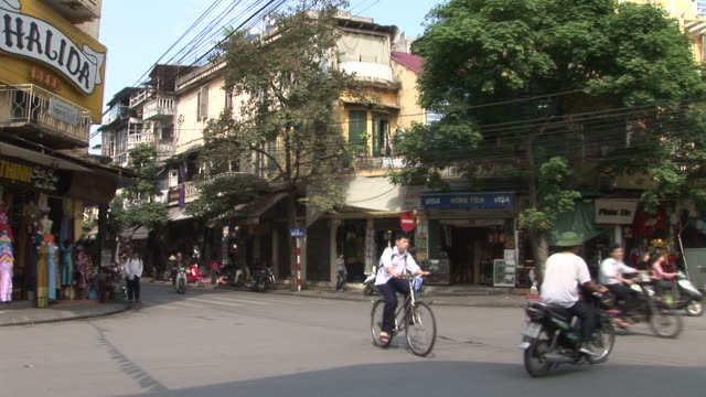 hanoi, vietnamview of a city street in hanoi vietnam - public building stock videos and b-roll footage