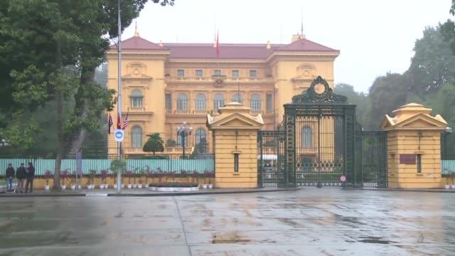 hanoi's presidential palace is billed as one of the possible venues for the trump kim summit - g8:s toppmöte bildbanksvideor och videomaterial från bakom kulisserna