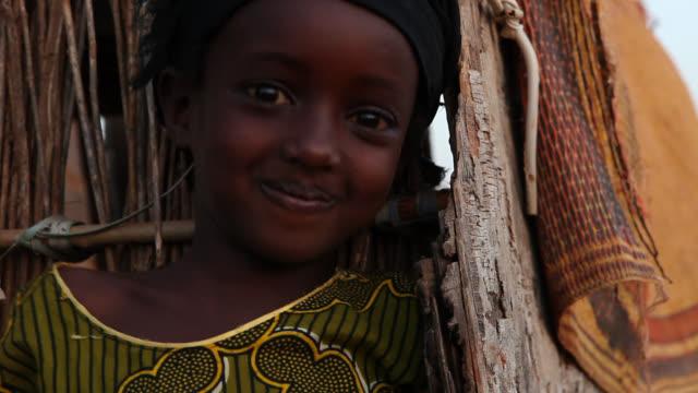 happy african child - セネガル点の映像素材/bロール