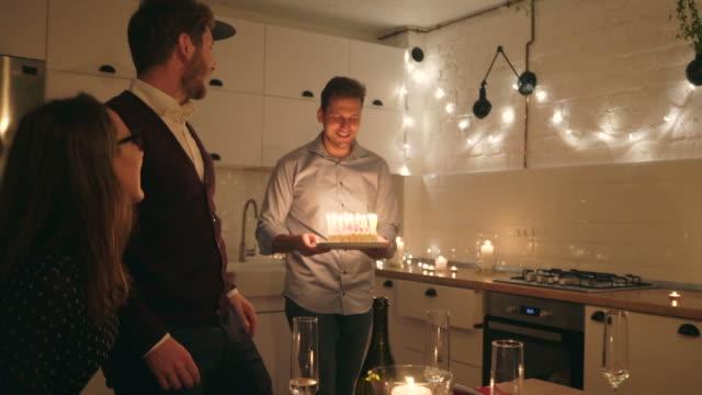 grattis på födelsedagen! - lägenhet bildbanksvideor och videomaterial från bakom kulisserna